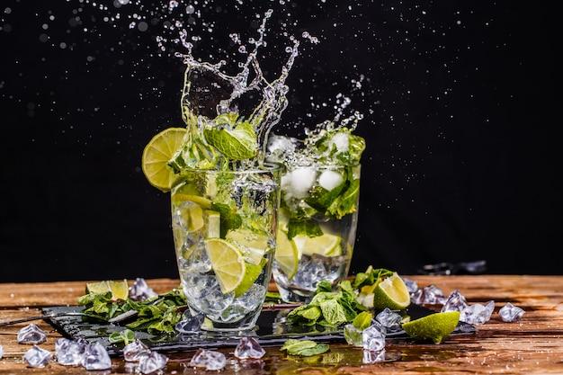 Glass with mojito Premium Photo