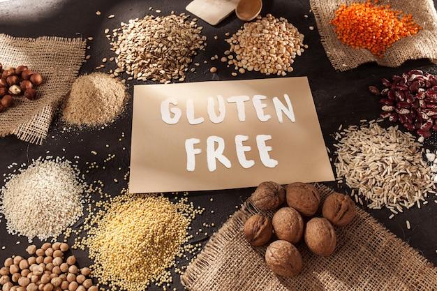 グルテンフリーの小麦粉とシリアル 無料写真