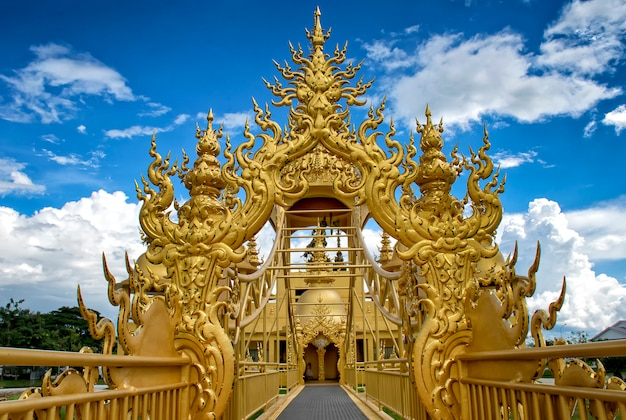 The gold architecture in wat rong khun temple (white temple) in chiangrai, thailand Premium Photo