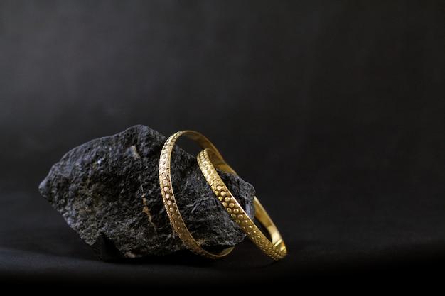 Gold bangles set Premium Photo