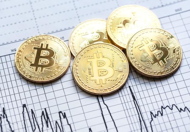 Золотой биткойн майнинг криптовалюта Premium Фотографии