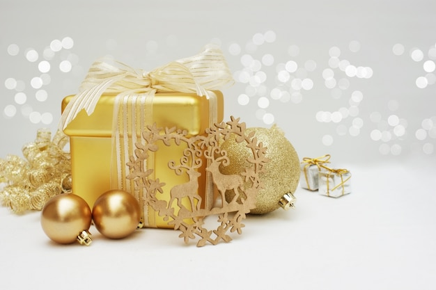 gold christmas gift and decorations free photo