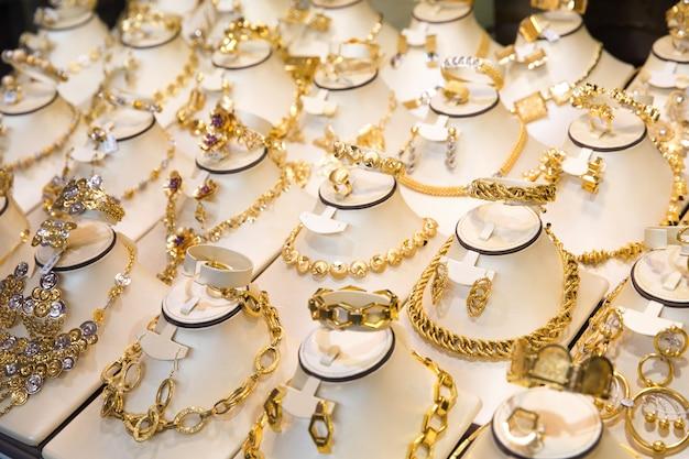 Gold market Premium Photo