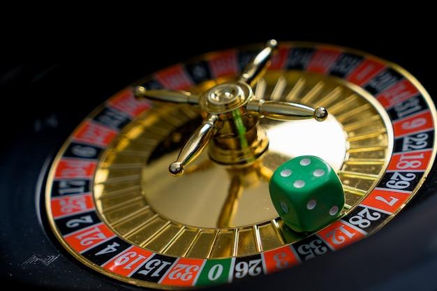 игра арчи казино золотая фишка