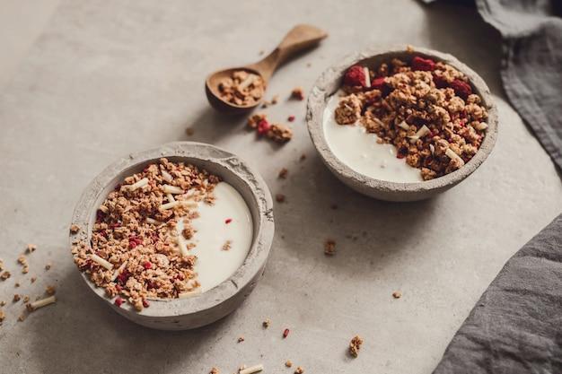 Гранола. вкусный завтрак на столе Бесплатные Фотографии