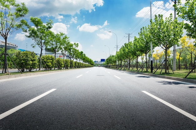 grass highway transport cloudy tree Free Photo
