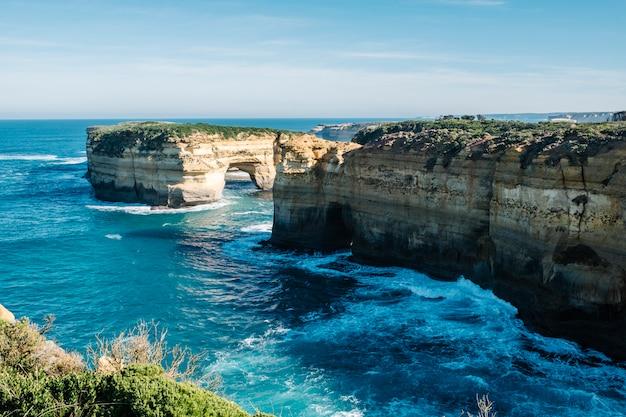 Great ocean road sideseeing Free Photo