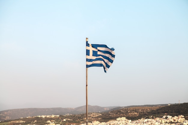 Greece.rethymno、クレタ島の旗。 Premium写真