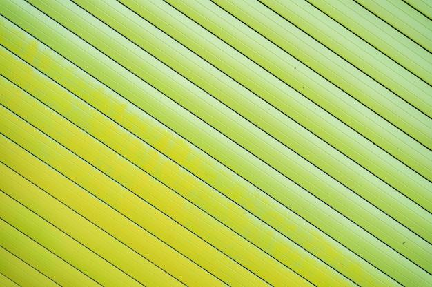 Fondo rivestito del recinto della latta del ferro verde struttura in metallo Foto Gratuite