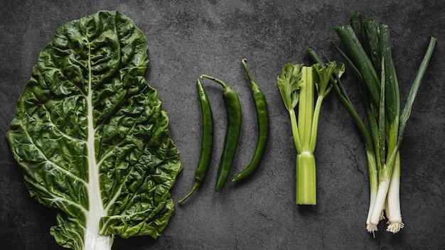 Зеленые органические овощи для салата Бесплатные Фотографии