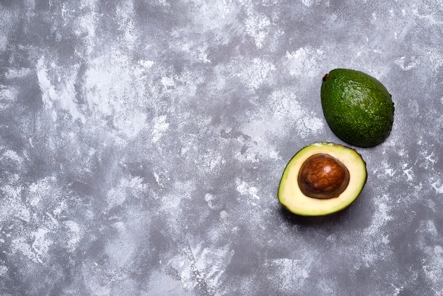 Green ripe avocado from organic avocado Premium Photo