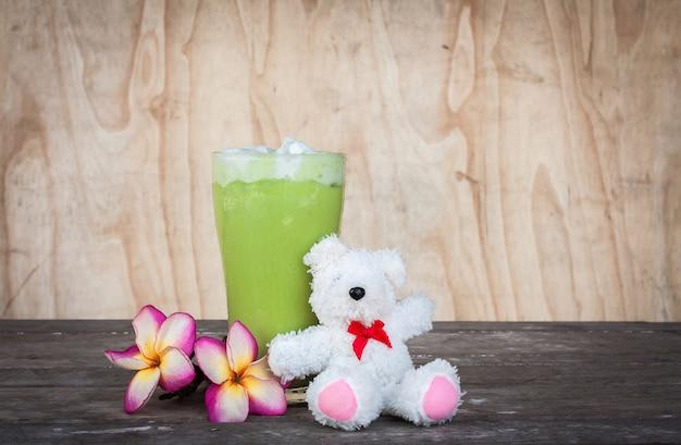 Green tea ice on the table Premium Photo