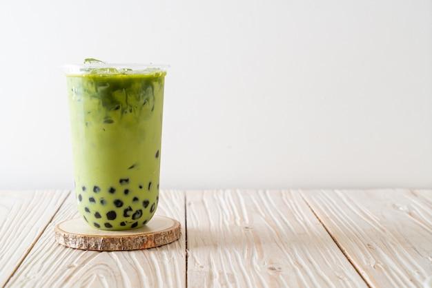 Green tea latte with bubble Premium Photo