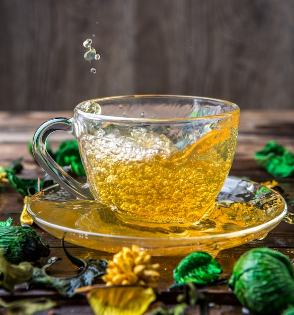 Green tea on wooden table Premium Photo