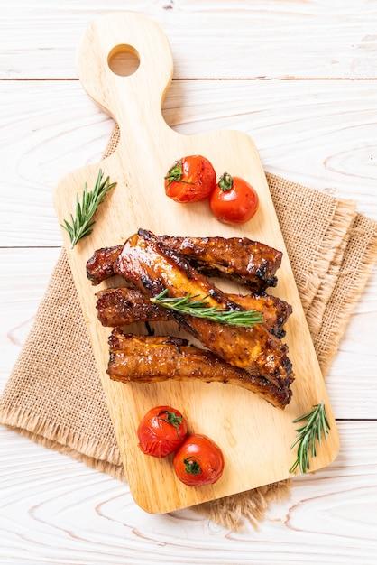 Grilled barbecue ribs pork Premium Photo