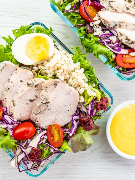 Grilled chicken breast meat salad 74190 6123