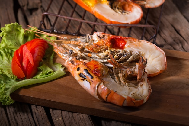 Grilled giant river prawn with yellow creamy fat on head on