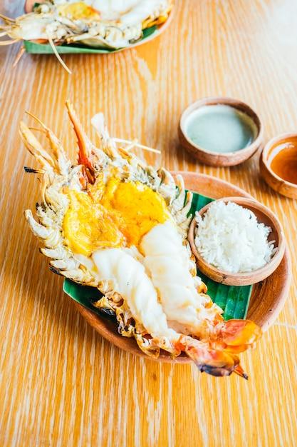Grilled shrimp or prawn Free Photo