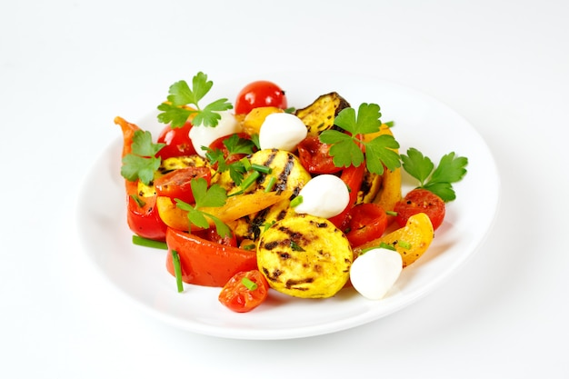 Grilled vegetables with mozzarella cheese Premium Photo