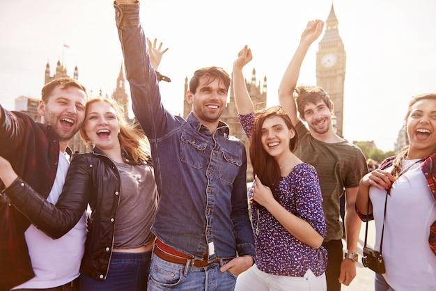 Группа лучших друзей в лондоне Бесплатные Фотографии