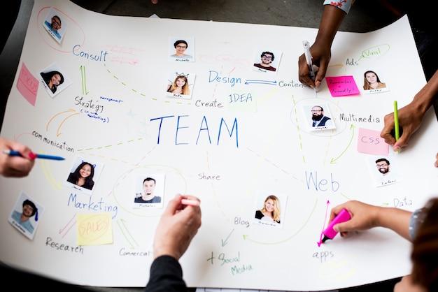 Group of people brainstorming meeting in the room Free Photo