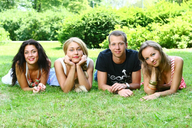 Group of teenager boys and girls Free Photo