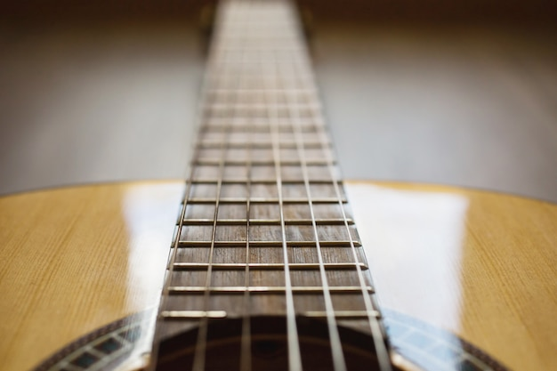 Гитарные струны крупным планом Premium Фотографии