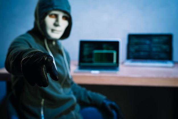 机のハッカー 無料写真