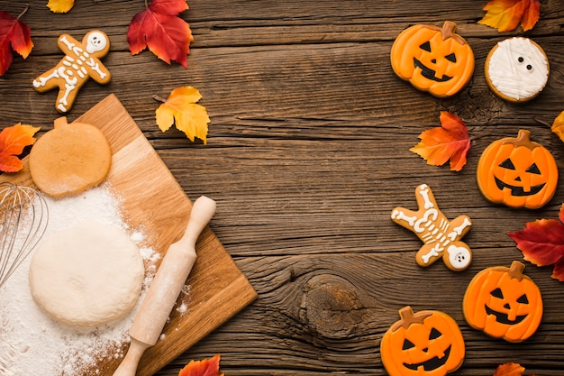 Halloween party cookies and dough Free Photo