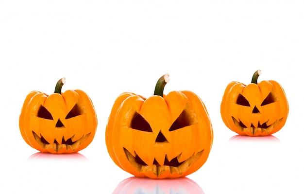 Хэллоуин тыквы на белом фоне Бесплатные Фотографии