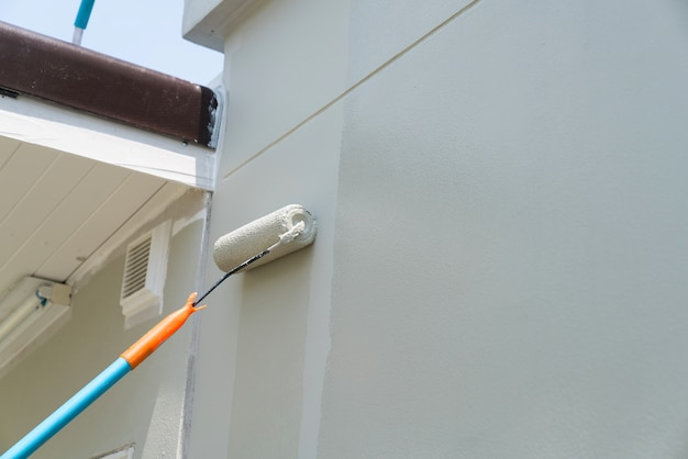 Ручная роспись стены серого цвета Premium Фотографии