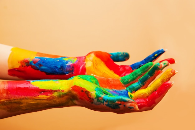 Hands full of colors Free Photo