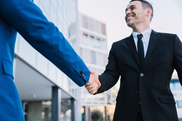 Handshake of businessmen Free Photo
