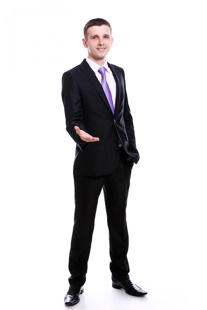 握手を提供しているハンサムなビジネスマン 無料写真