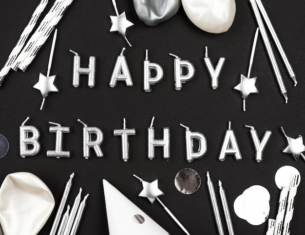 С днем рождения расположение свечей сверху Бесплатные Фотографии