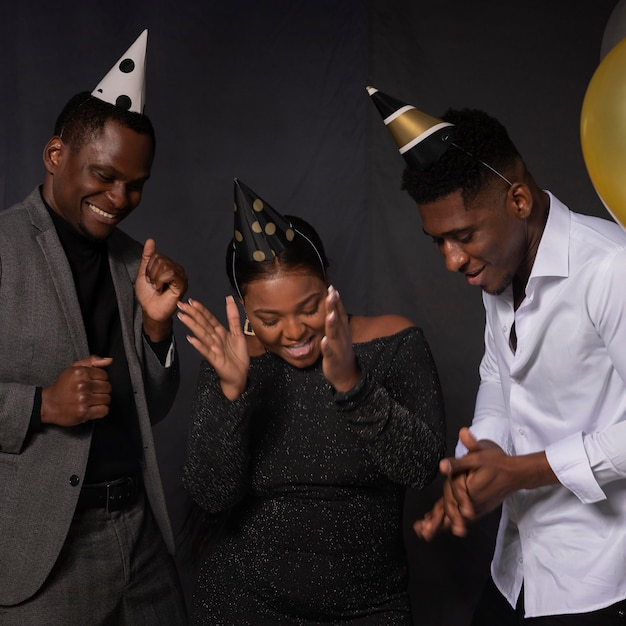 Happy birthday party people dancing Premium Photo