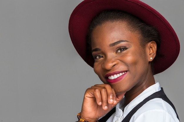 Happy black woman smiling Premium Photo