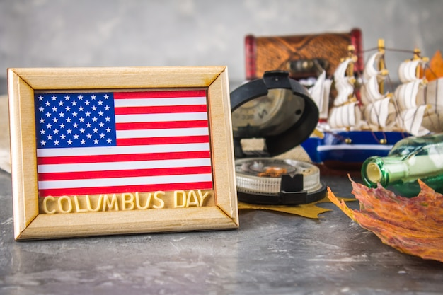 Happy columbus day text. concept of the us holiday. the discoverer of america. holiday states. Premium Photo