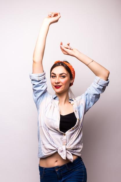 팔, 흰색에 행복 춤 십 대. 패션 모델 무료 사진