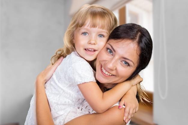Happy mother and child girl Premium Photo