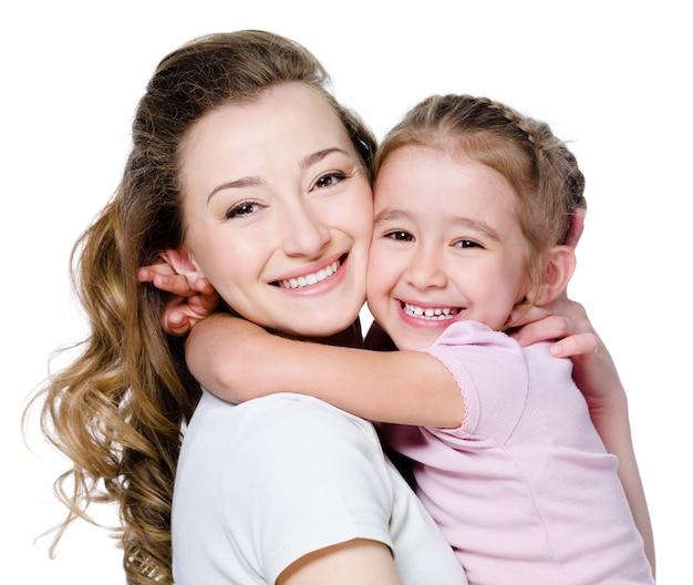 Felice madre con figlia Foto Gratuite