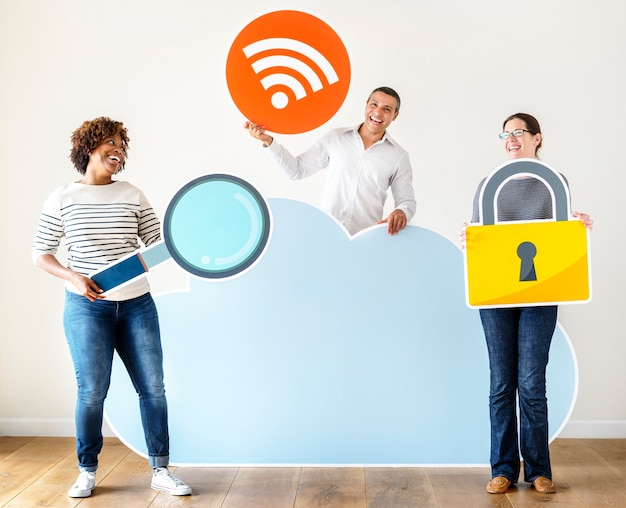 Happy people with cloud and technology icons Premium Photo