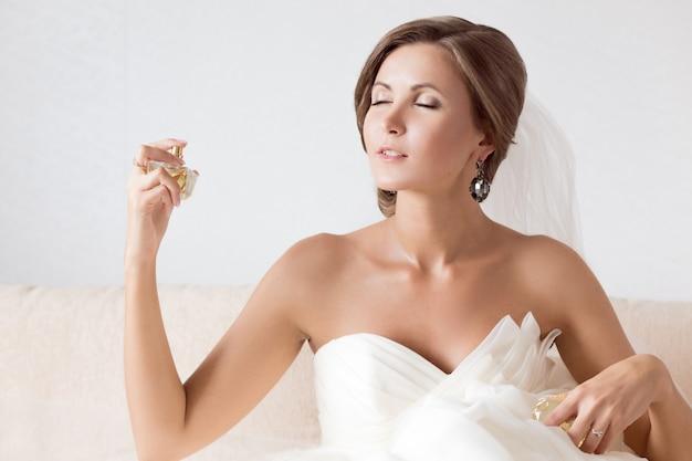 Happy sexy beautiful bride Premium Photo