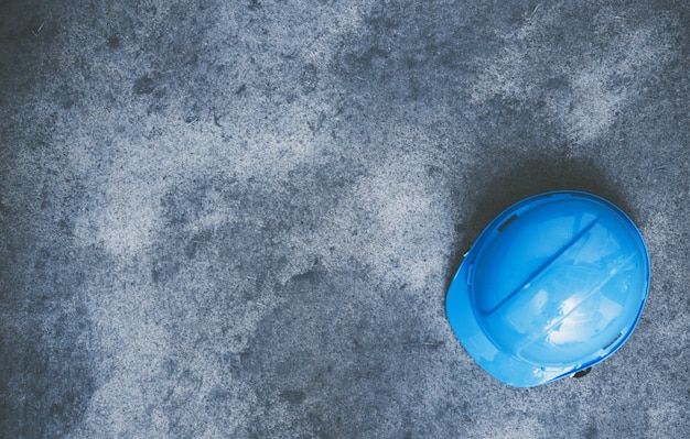 Hard hat on the concrete Free Photo