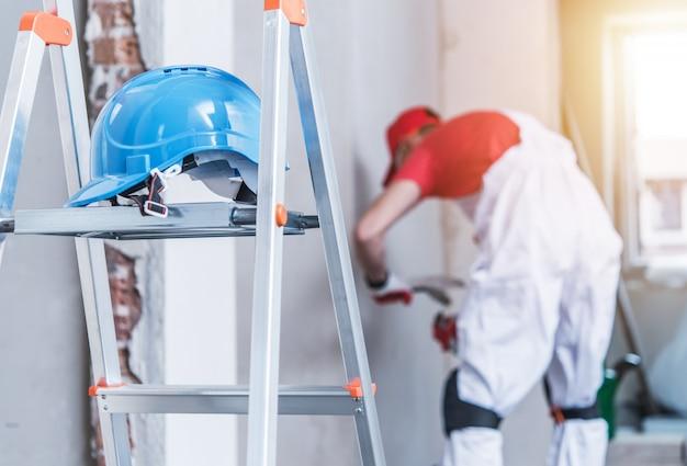 Safe ladder use