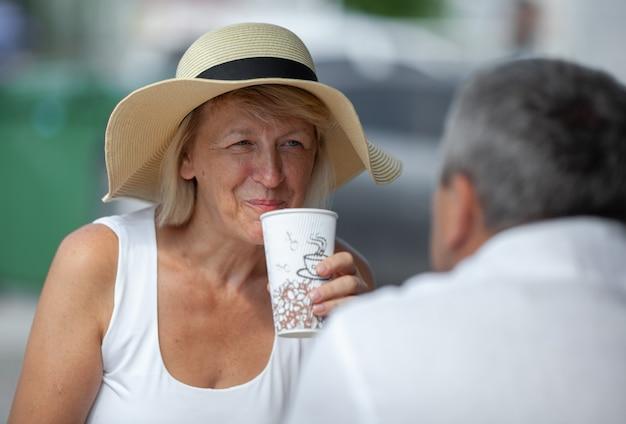 Having a coffee break Premium Photo