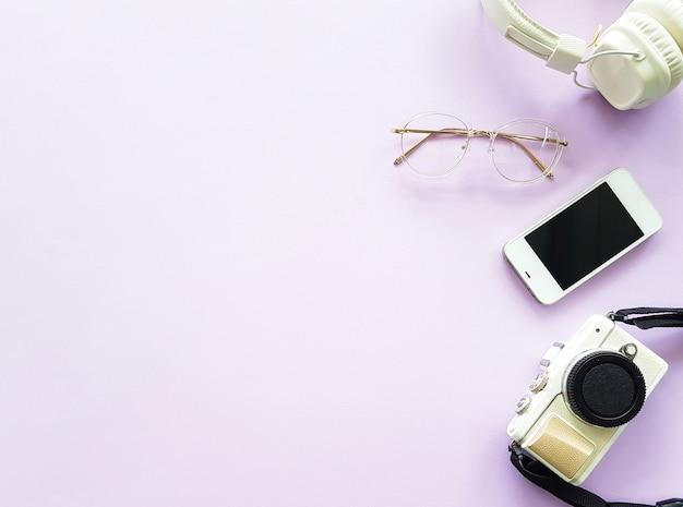 Headphone, camera, smartphone and glasses for minimal lifestyle Premium Photo