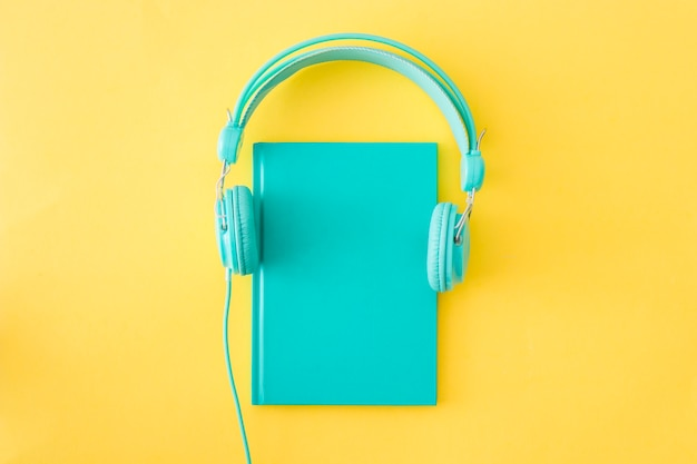Headphonesplaced on diary