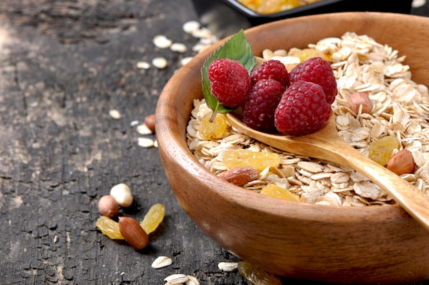 Healthy breakfast - oatmeal and berries Free Photo