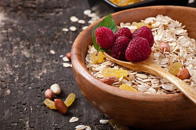 Healthy breakfast - oatmeal and berries Free Photo